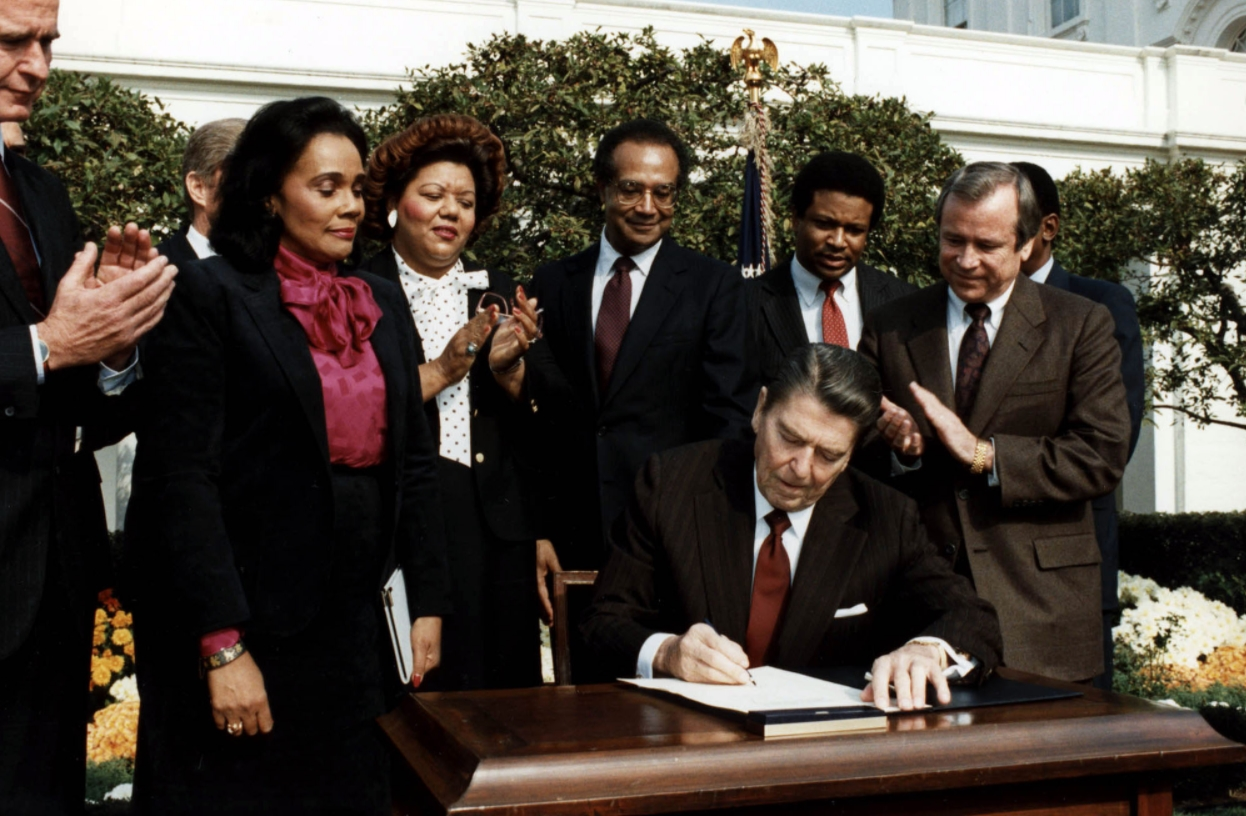 Reagan signs Martin Luther King bill
